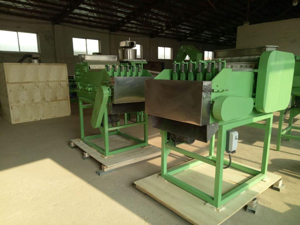 cashew cracking and shelling machine