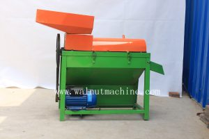 green walnut peeling and cleaning machine