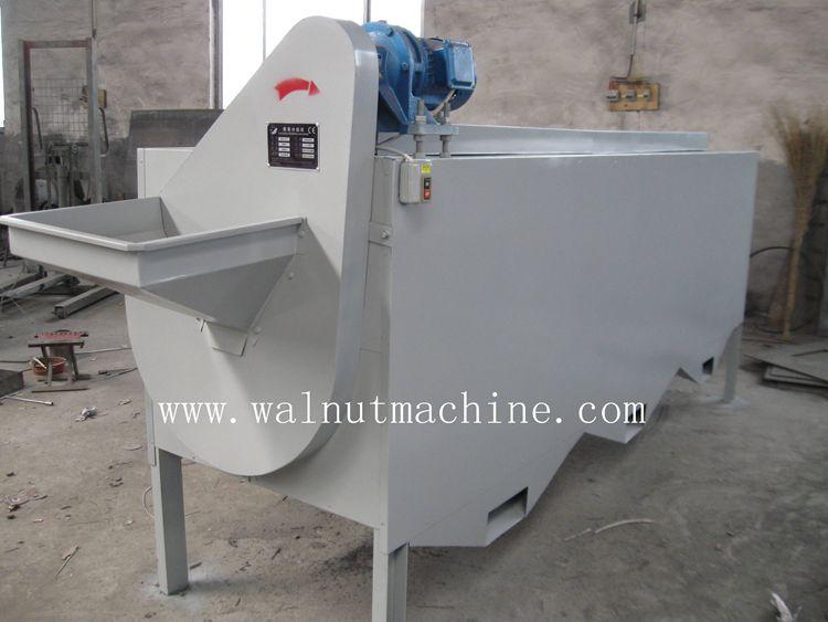 A high accuracy walnut sorting machine